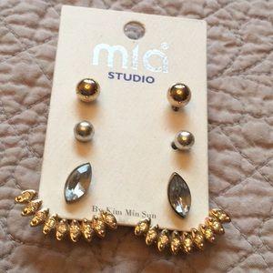 Mia Studio Earrings NWOT